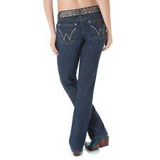 WRANGLER Women's Premium Patch Mae Boot Cut  5/6 x 34 Light Wash Jeans