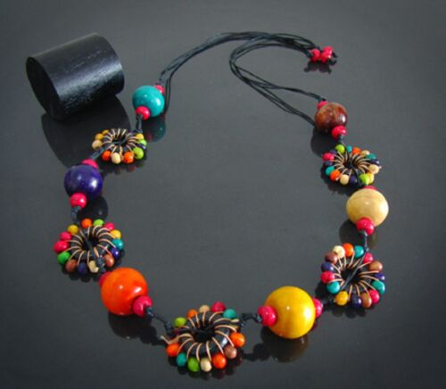 LAGENLOOK 70/'S STYLE QUIRKY MULTI COLOURED WOODEN LONG FLOWER NECKLACE BOHO