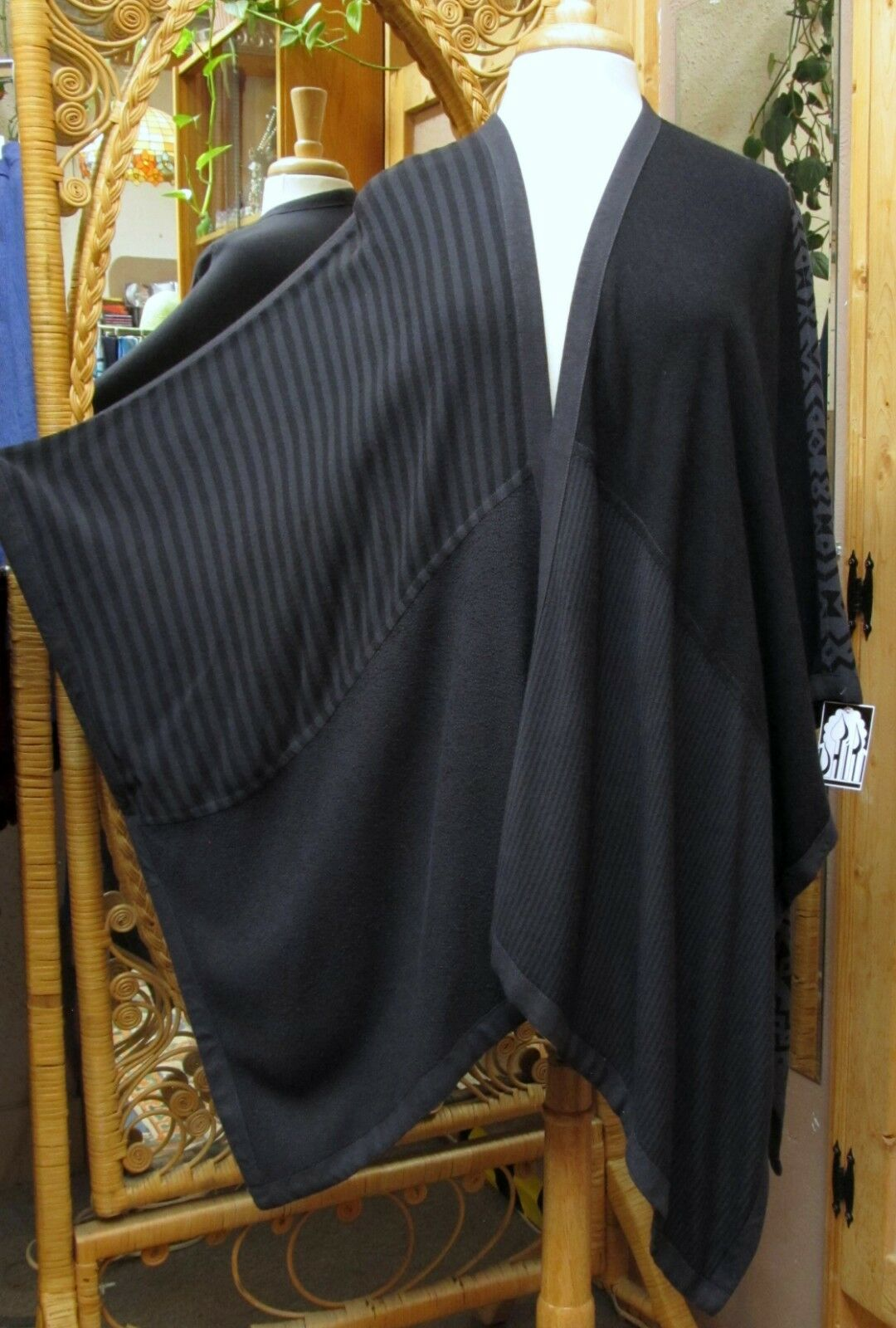 Dairi MGoldccan Patchwork Poncho Mixed Fabric Style One Größe fits Med.- 3X