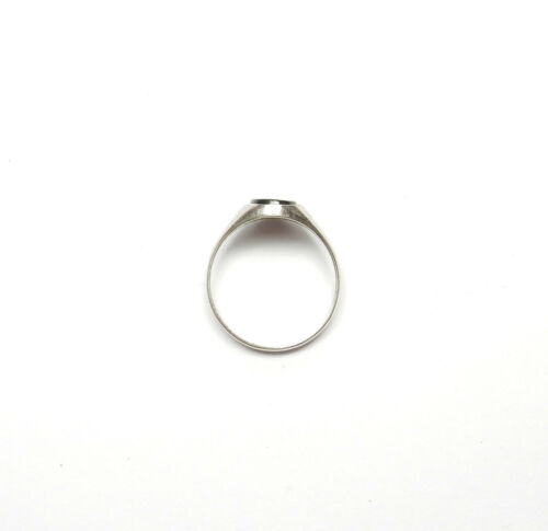 Onyx Signet Ring Plain Shoulders 925 Sterling Silver 2.6g UK Size R