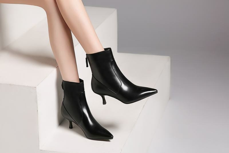 Sexy femmes Leather Pointed Toe Kitten Heels Back Zip Chelsea Style Ankle bottes