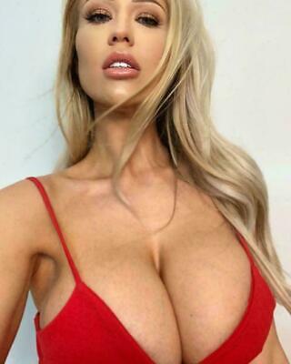 Sophie Reade Hot