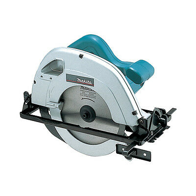 """Makita 5704RK 7""""/ 190mm Circular Saw 240V With Saw Blade & Carry Case, Brand New"""