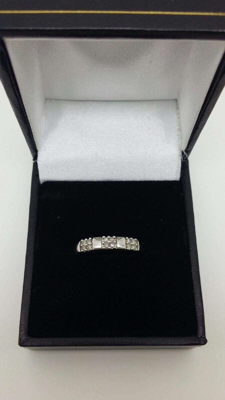 9 KT oro oro oro BIANCO .12 kt Anello di diamanti Cluster Dimensione N 8c37ef