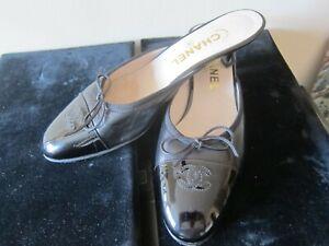 "CHANEL Black Leather Patent Cap Toe Signature CC Logo 1"" Kitten Heel Mules  EU39"