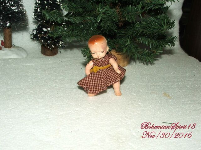 ANTIQUE 1930's JAPAN BABY GIRL BISQUE DOUBLE JOINTED MINIATURE DOLL