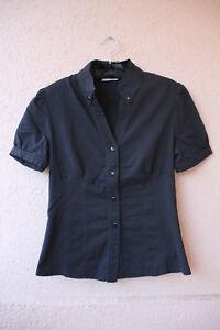 Schwarze-kurzaermelige-Bluse-mit-Button-Down-Kragen-von-Orsay-Groesse-38