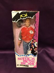 1 RARE HTF VINTAGE COLLECTABLE NEW KIDS ON THE BLOCK JOE DOLL NEW IN PACKAGE