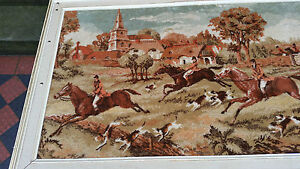 VERY-NICE-VINTAGE-RETRO-EXTRA-LARGE-FRAMED-FABRIC-WALL-HANGING-HORSES-AND-DOGS