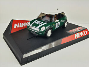 Slot-Car-Scalextric-Ninco-Mini-Cooper-Gruen-Green-24-von-Set