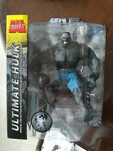 Marvel-Select-Ultimate-Gray-Hulk-Variant-Version