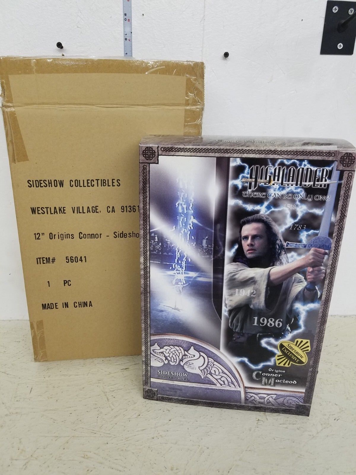 increíbles descuentos Sideshow Highlander Conner Macleod en kilt Exclusivo Con Caja Caja Caja Exterior  comprar barato
