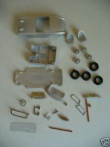 Austin-Healey-Frogeye-Sprite-Mk1-1-43rd-scale-kit-by-K-amp-R-Replicas