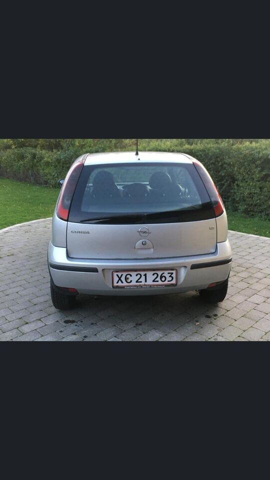 Opel Corsa, 1,2 Essentia, Benzin