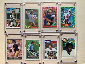 Football-Rookie-HOF-Lot-Of-22-RC-Montana-Rice-Sanders-Aikman-Elway-Favre-More