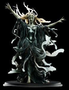 Galadriel-Dark-Queen-statue-Weta-1-6-Scale-Lord-of-the-Rings