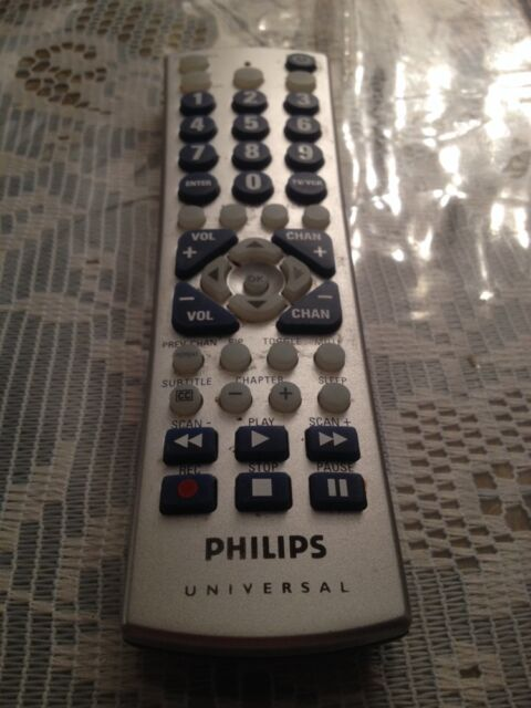 oem philips cl035a 3 device vcr dvd tv sat cnbl universal remote rh ebay com Philips Universal Remote Code Manual philips universal remote cl035a user manual