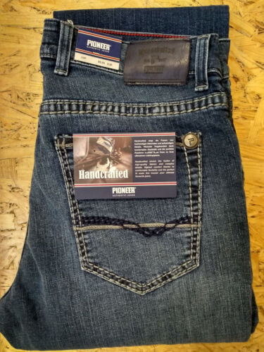 1654-9736.362 Pioneer Rando Handcrafted Jeans saddle stitch