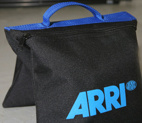 2x ARRI SANDBAG PHOTOGRAPHIC STUDIO LIGHTING STANDS /& FLASH HEAD SOFT BOX BOXES