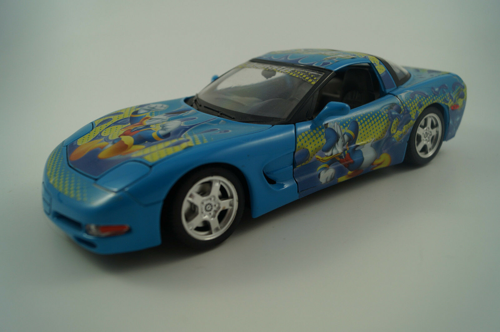 marcas de moda Bburago Burago coche modelo 1 18 Chevrolet Chevrolet Chevrolet Corvette c5 1997 Donald  precios ultra bajos