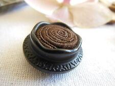 bouton ancien passementerie marron et resine diamètre: 2,3 cm collection