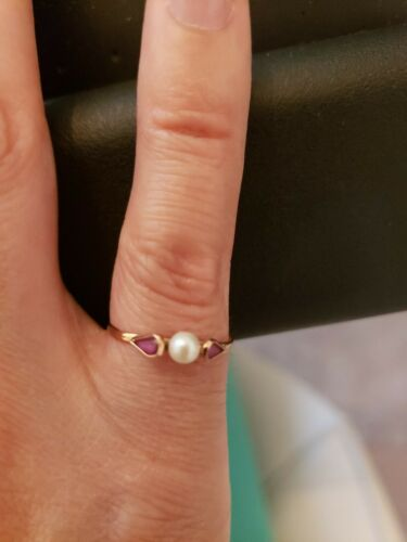 10k Gold Pearl And Ruby Ring