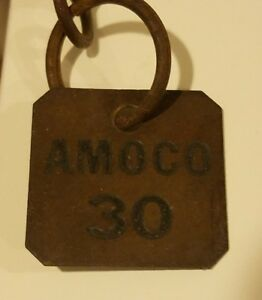 VINTAGE 1960/'s ** AMOCO STANDARD GAS /& OIL COMPANY KEY CHAIN ** MINT CONDITION