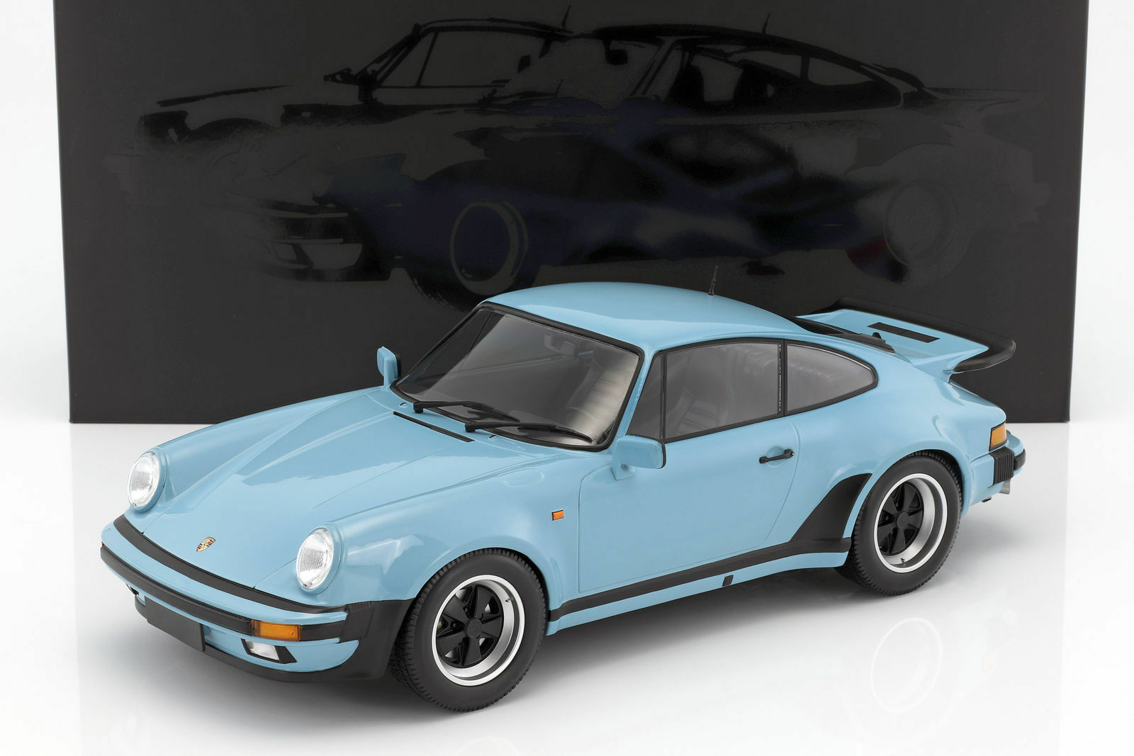 MINICHAMPS 1977 Porsche 911 Turbo Gulf bluee 1 12 Large Car Brand New SUPER NICE