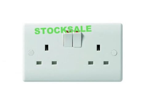 10 X TWIN DOUBLE SWITCHED SOCKET WHITE 13 AMP TWIN//DOUBLE PLUG ELECTRIC SOCKET