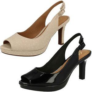 Mujer-Clarks-MAYRA-Botones-Puntera-Abierta-Elegante-Sandalias-Tira-en-Tobillo