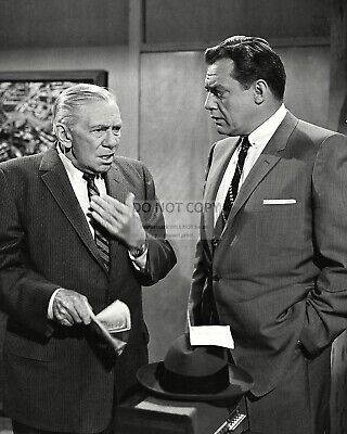 "OP-654 RAYMOND BURR AND WILLIAM HOPPER IN /""PERRY MASON/"" 8X10 PUBLICITY PHOTO"