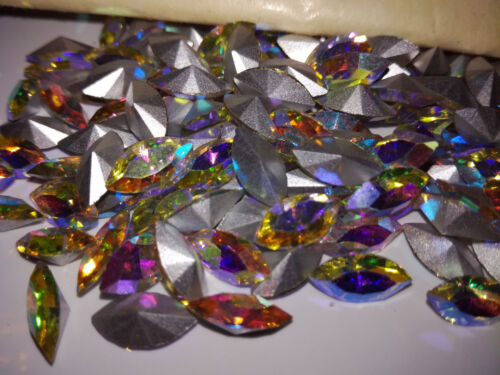 Pedrería piedras fosforescentes Machine Navettes Titania Crystal 15x7mm 12-144st #321