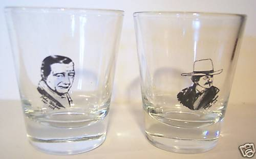 2 JOHN WAYNE IN MEMORY OF CLEAR SHOT GLASSES