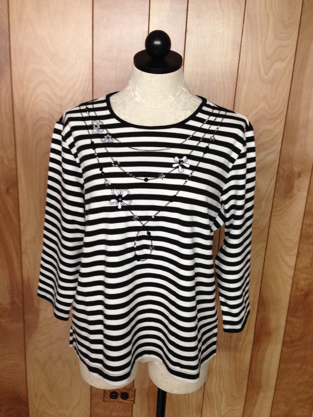 WOMEN'S ALFRED DUNNER STRIPED TOP-SIZE  MEDIUM