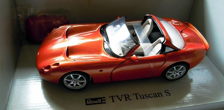 Revell 08840  TVR Tuscan S, modelo de metal, Diecast en 1 18, nuevo con embalaje original