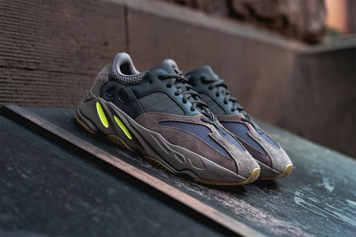 Adidas Yeezy 700 OG Wave Runner Muave EE9614 Sz 13 100% Authentic V1 V2 350 750