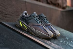 4718823d0ed95 Adidas Yeezy 700 OG Wave Runner Muave EE9614 Sz 9.5 100% Authentic ...