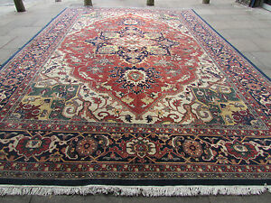Old Traditional Hand Made IndoPERSIAN Oriental Wool Red Large Carpet 536x365cm - london, London, United Kingdom - Old Traditional Hand Made IndoPERSIAN Oriental Wool Red Large Carpet 536x365cm - london, London, United Kingdom