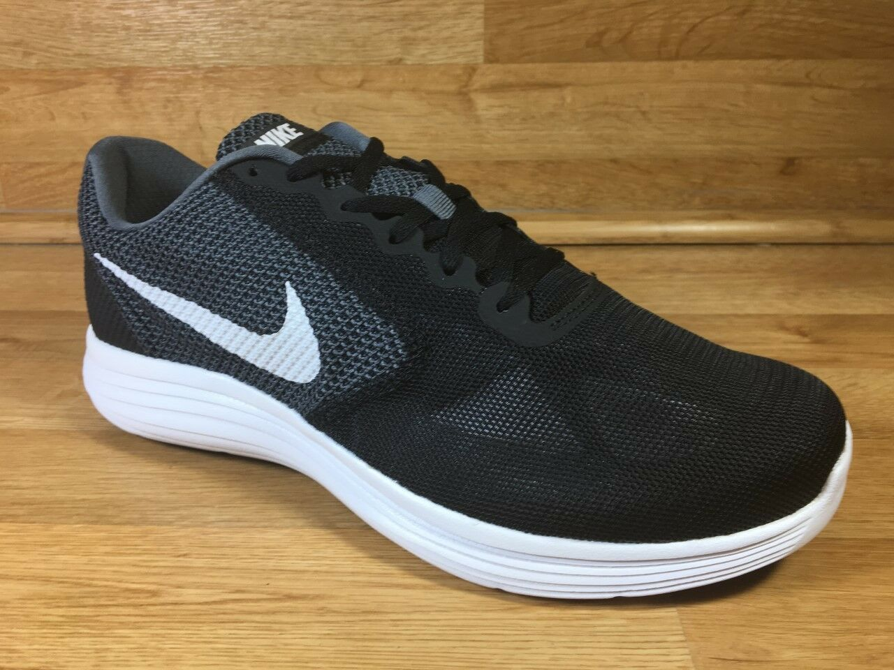 NIKE REVOLUTION 3 / DARK GREY - WHITE - BLACK / Uomo 11, 11.5, 12, 13 WIDE 4E