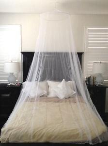 White-Mesh-Hanging-Mosquito-Net