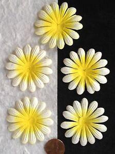 10-Flowers-Yellow-Goldenrod-daisy-Petals-flower-Daisies-Handmade-Mulberry-Paper