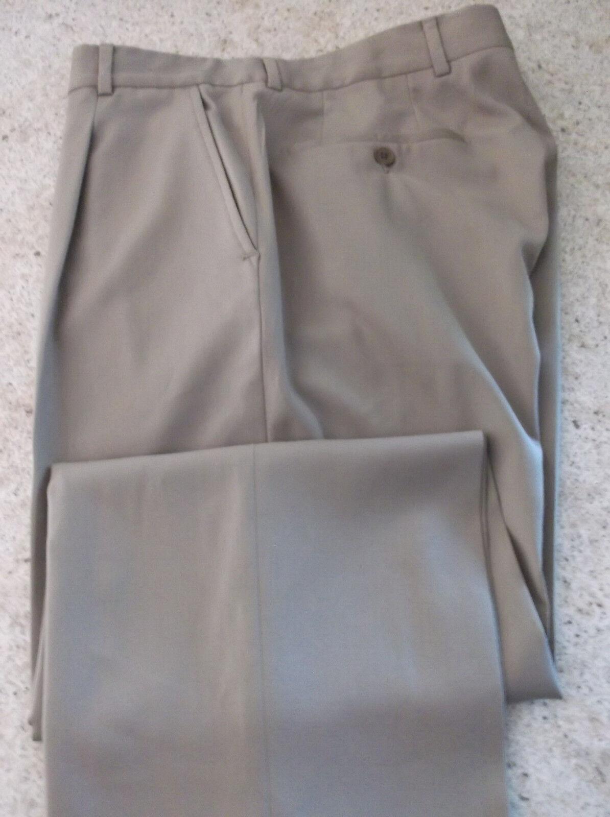 HUGO BOSS Khaki color Pleated Front Dress Pants size 32 W 32 L