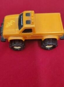 Vintage-Schaper-Stomper-Orange-Truck-23-4x4-Ford-McDonalds-Happy-Meal-toy