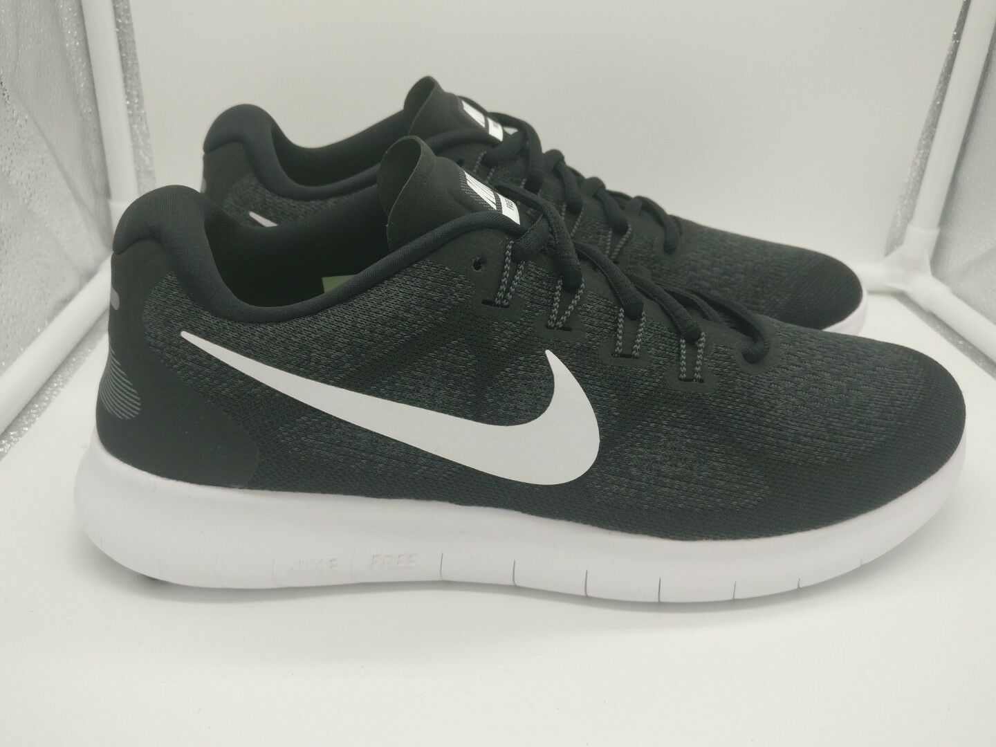 Zapatos casuales salvajes Nike RN 2017 ejecutar Reino Unido 8 Free Negro Blanco Gris Oscuro 880839001