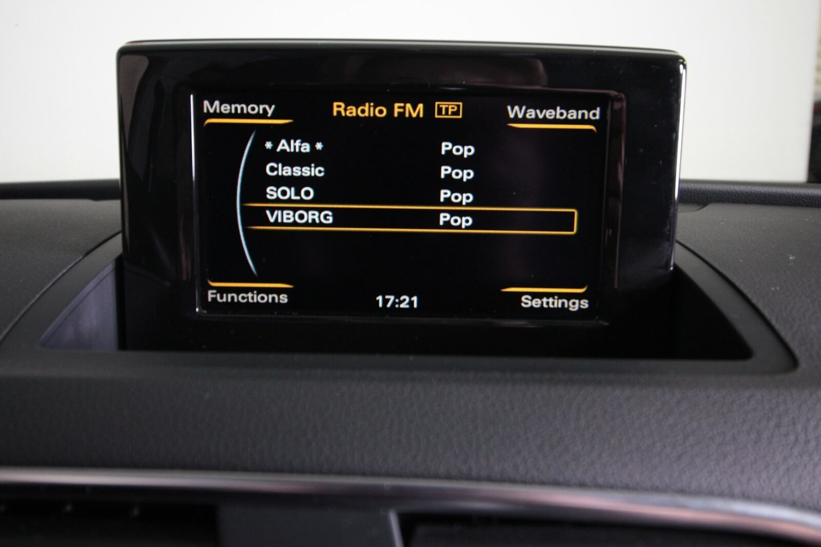 Audi Q3 TFSi 211 quattro S-tr. Van