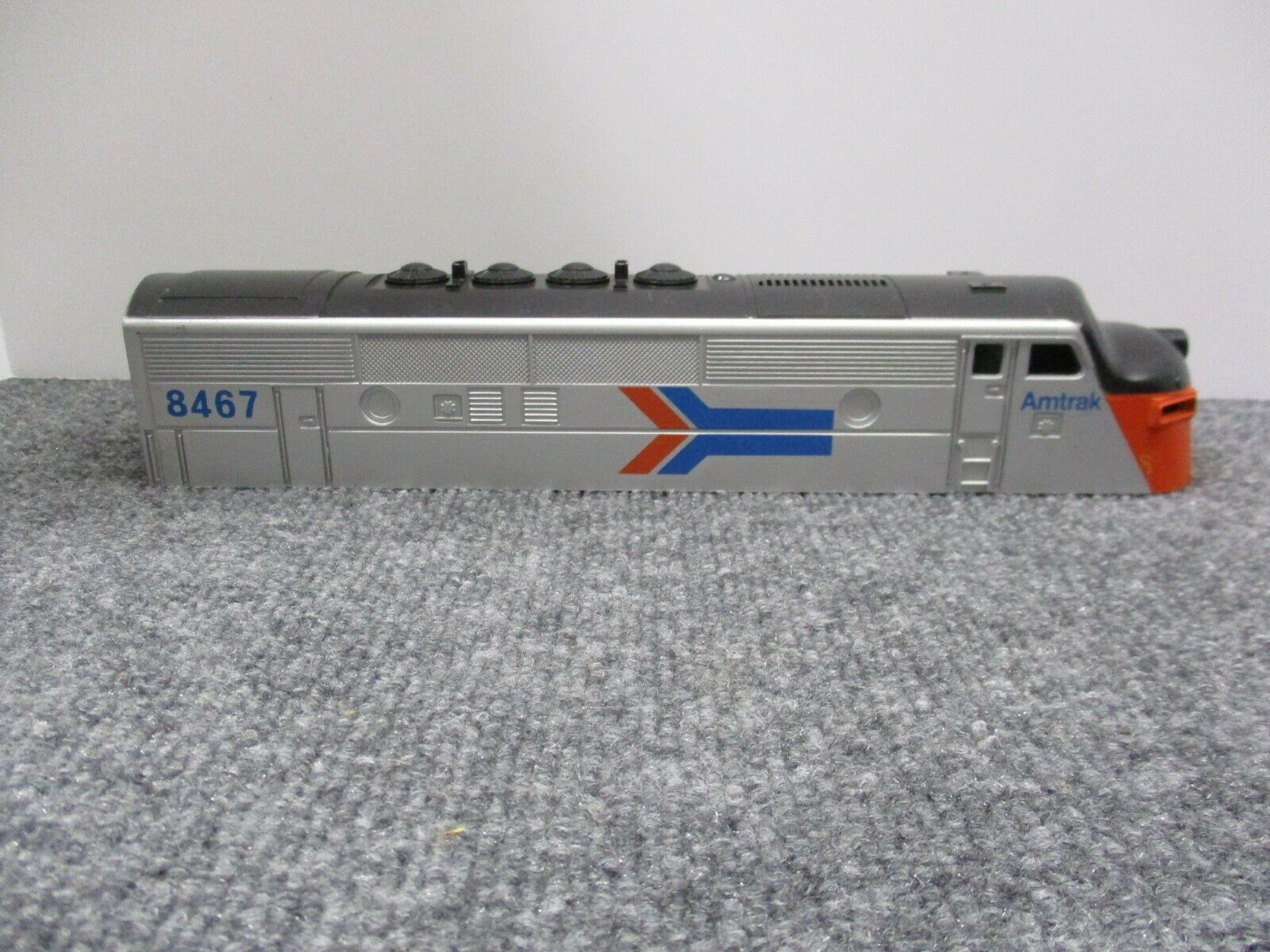 Lionel Amtrak ERROR Shell with missing print 1974