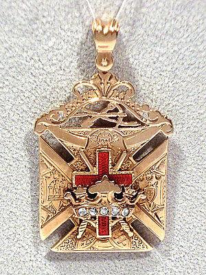 Vintage 14k Yellow Gold Truckee Masonic Lodge No 200 Knights Templar Fob