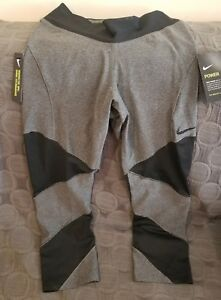 7b0549c02001 Nike Fly Lux Tight Fit Women s Training Crops 933627 011