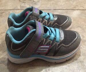 Skechers-Toddler-Girls-Sneakers-Shors-Silver-Blue-Memory-Foam-7