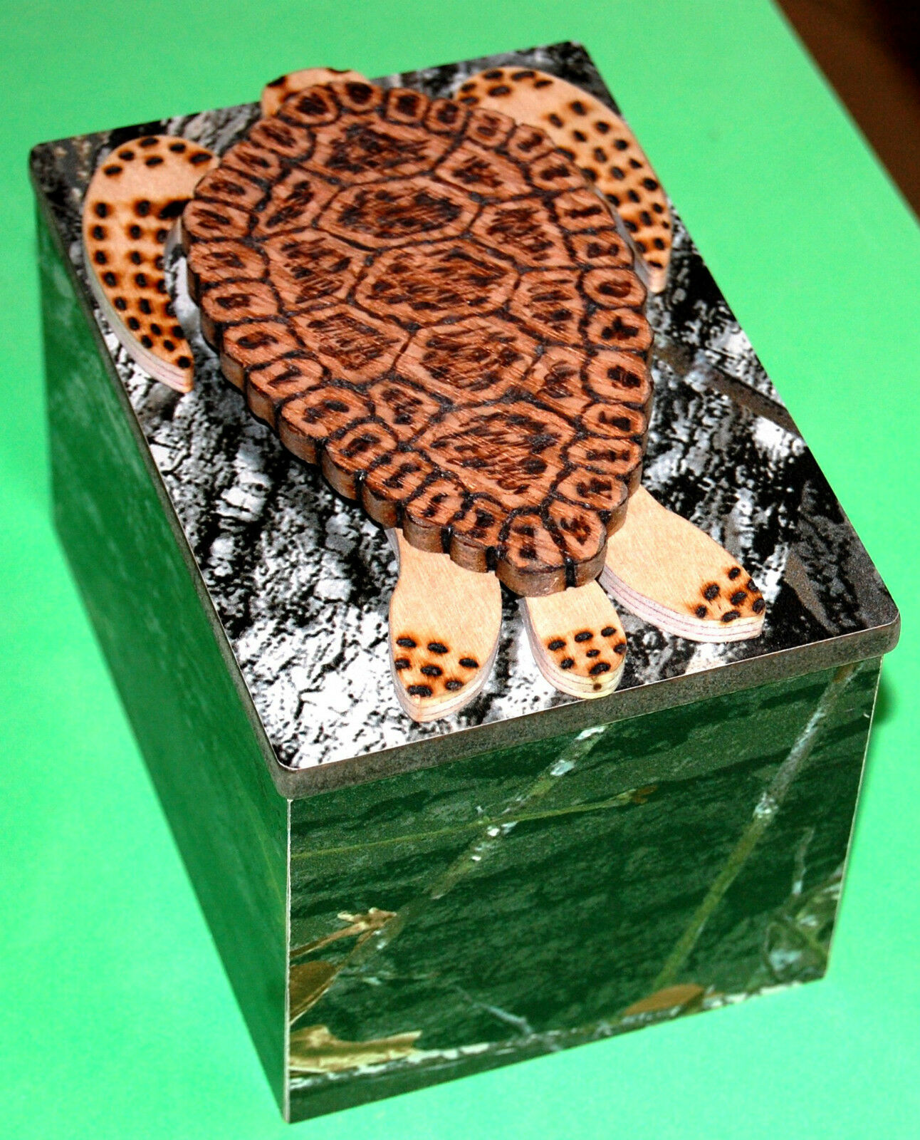 New Handmade Wooden Jigsaw Puzzle within a Puzzle Box (196 pieces)